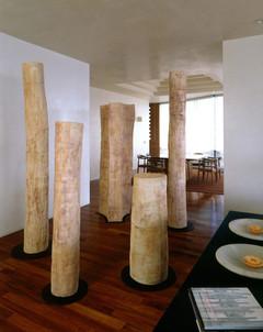 Instalación columnas, 2003