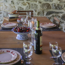 table-pyrenees-chalet
