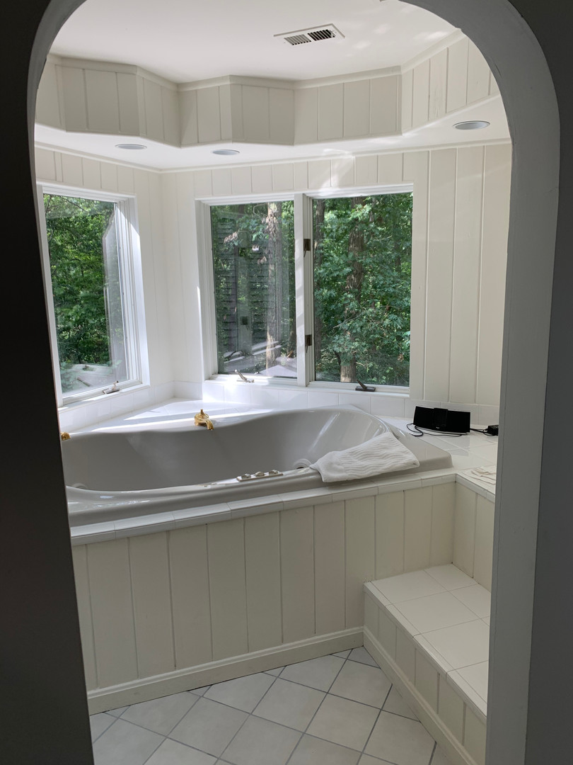Arch to Tub