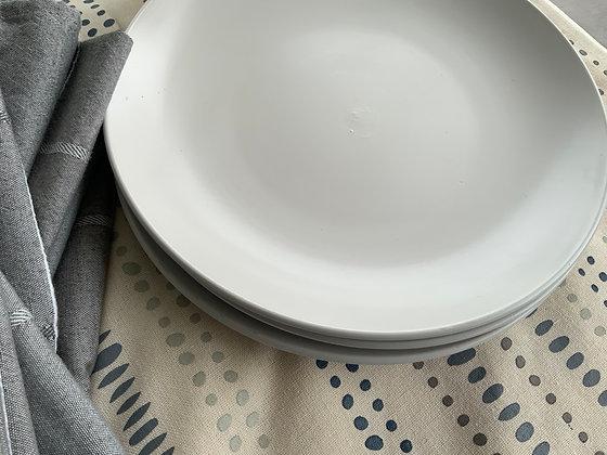 Creamy White Porcelain Plates