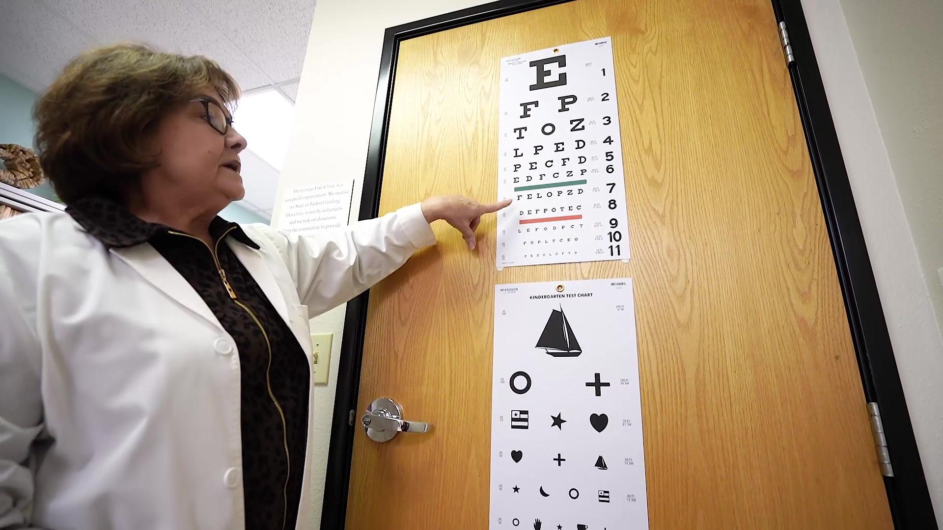doctor doing eye exam thing.jpg