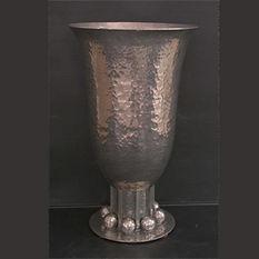 jean despres grand vase cornet argent martelé et boules exceptionnel