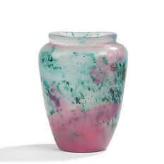 emile galle vase rose salissures intercalaires bleu application corning museum of glass