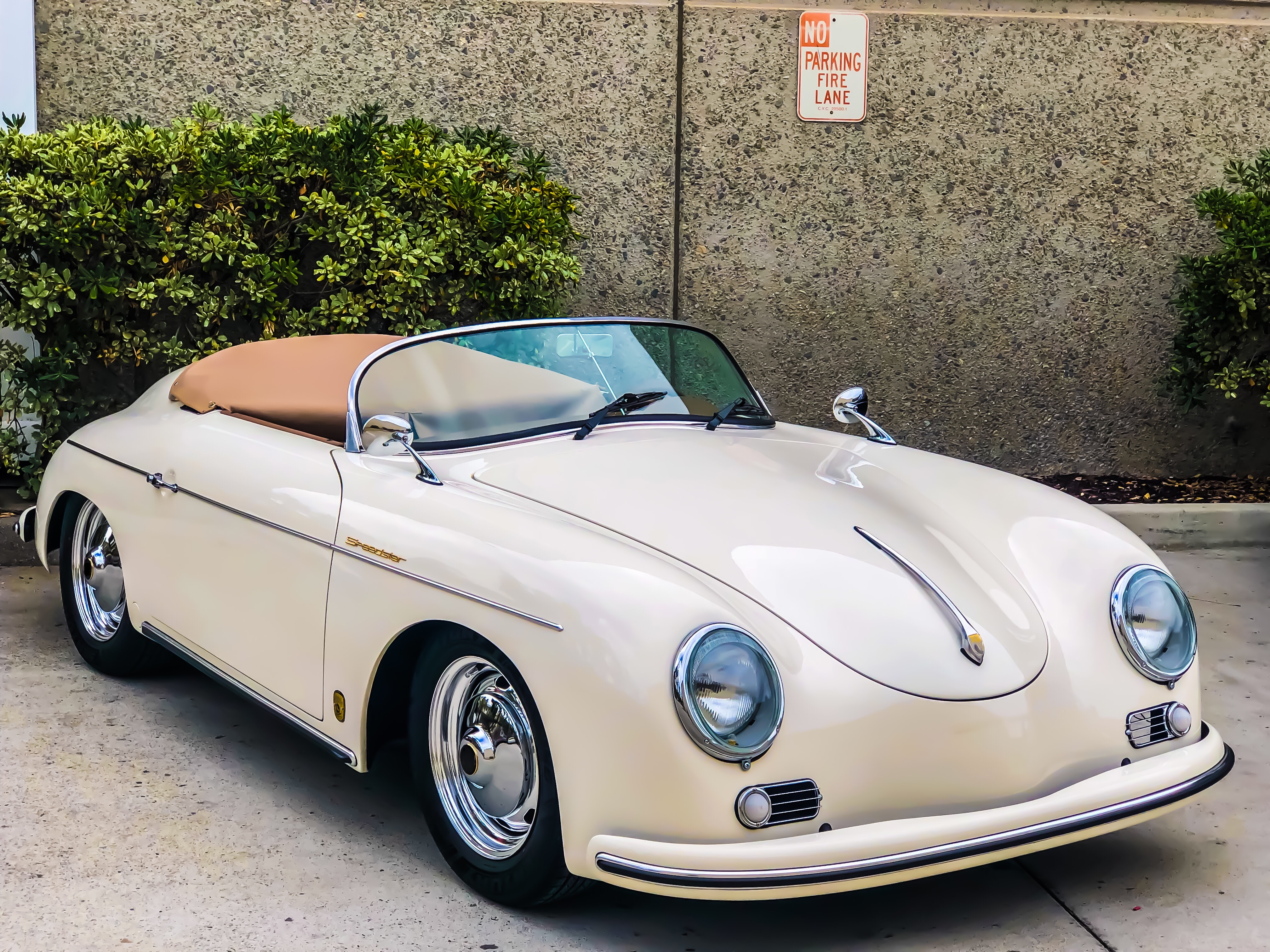 CLASSIC Speedster Ivory