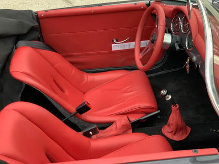 Classic Interior Lipstick Red