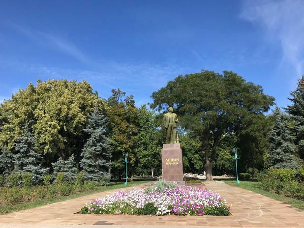 Lenin monument in Bendery