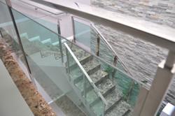 1 - Corrimão aço e vidro