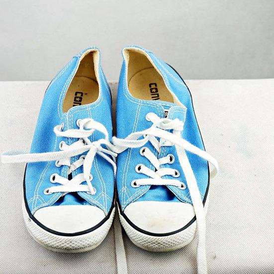 """""""Vergissmeinnicht""""- Converse blau"""