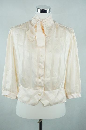 Anmutige Bluse mit silbernen Streifen
