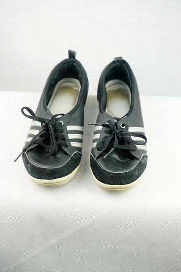 Neo Adidas Sportschuhe schwarz