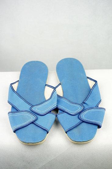 Sommerpantolette Blau