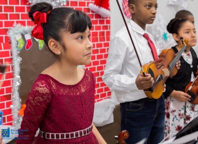 Bronx_Storefront_Christmas_2019_-132.jpe