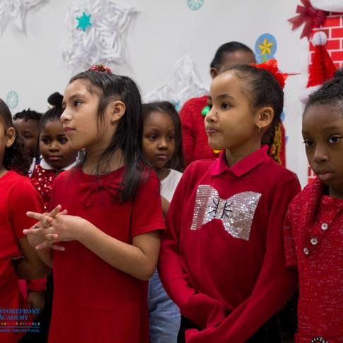 Bronx_Storefront_Christmas_2019_-24.jpe