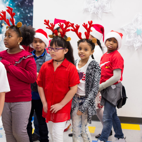 Bronx_Storefront_Christmas_2019_-50.jpe