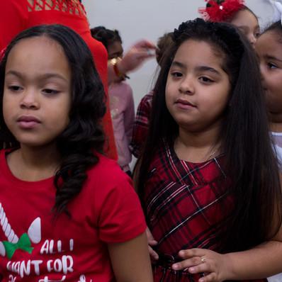 Bronx_Storefront_Christmas_2019_-11.jpe