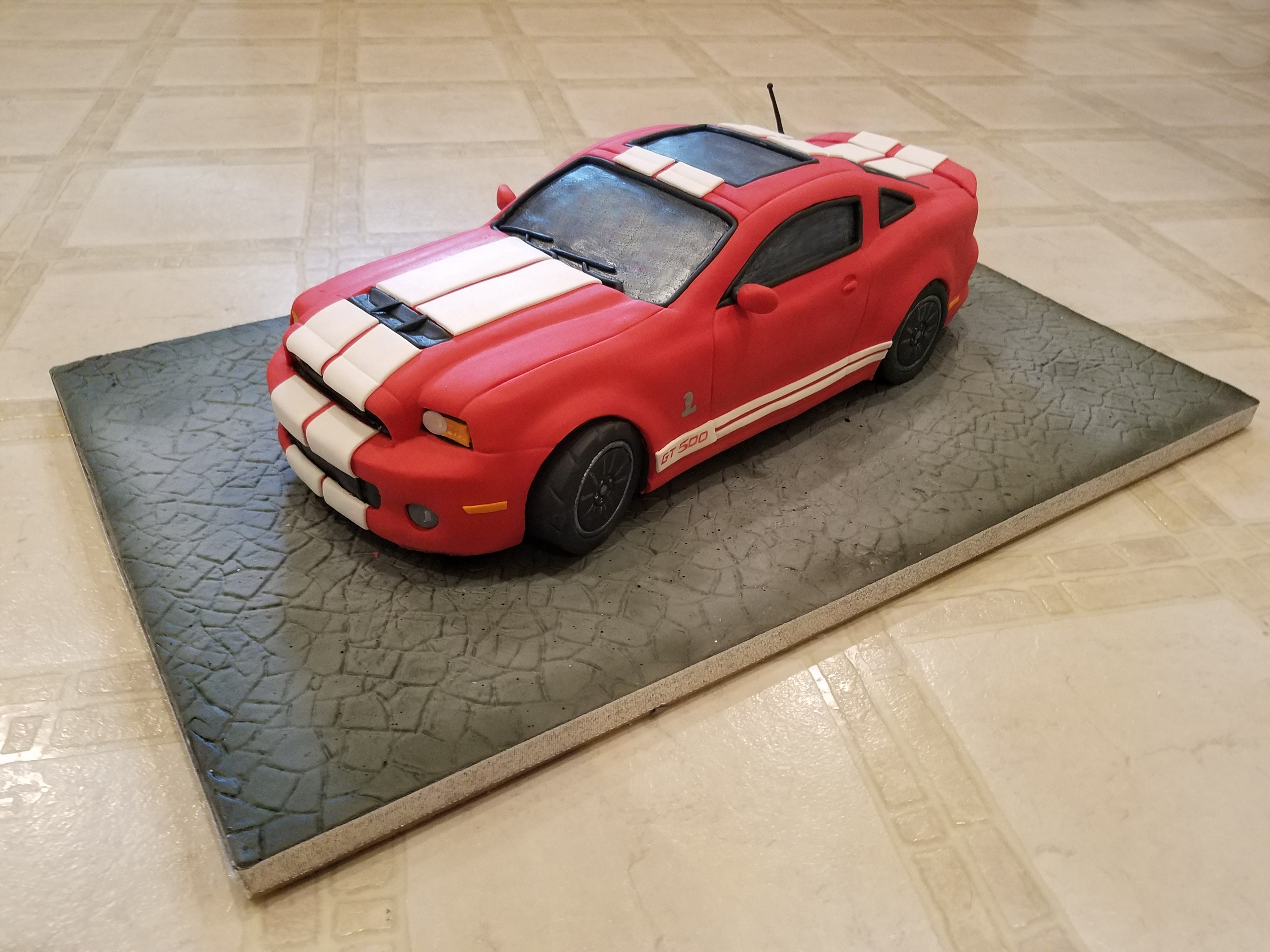 Sculpted car cake