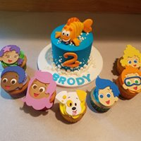 Bubble Guppies cake set