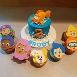 Bubble Guppies cake set