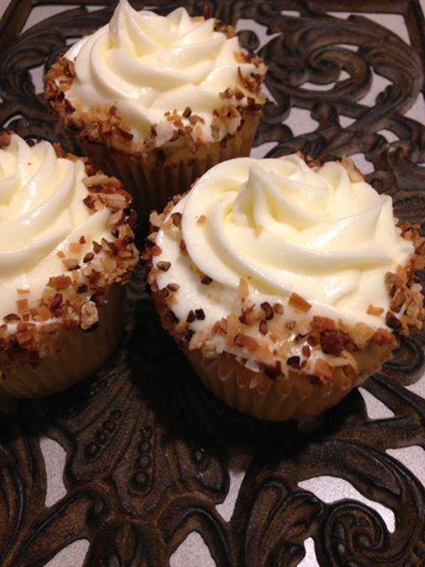 Italian Sweet Cream Cupcakes
