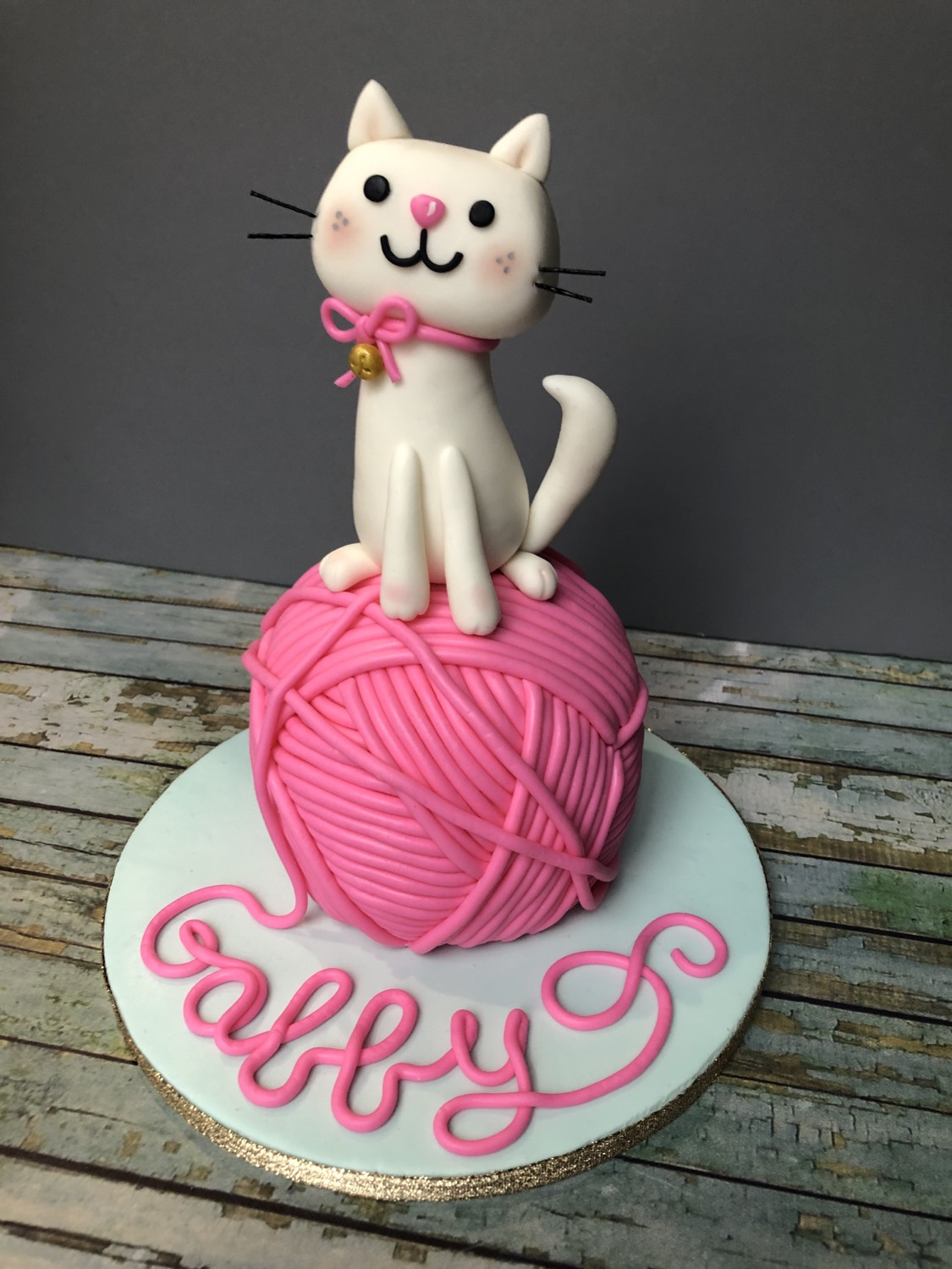 Cute Kitty Cake