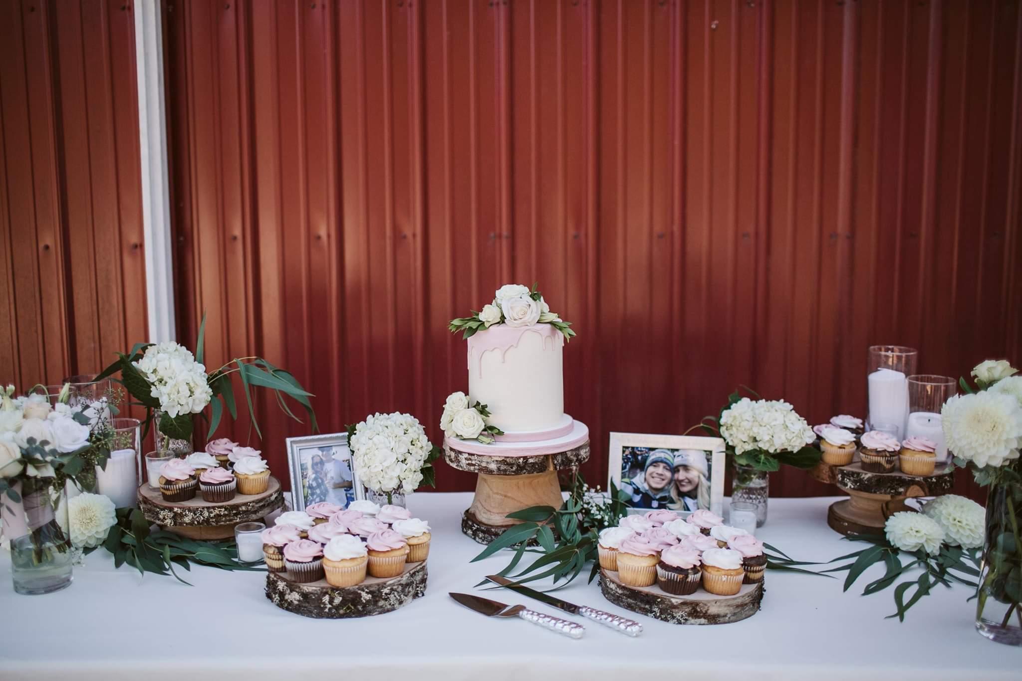 Rustic Cake Set