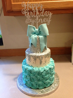 A lovely Tiffany inspired cake