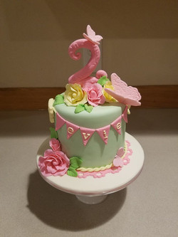 A sweet little cake for a angel baby