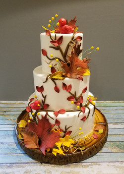 Fall wedding cake in lovely colors
