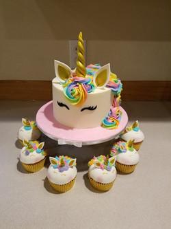 Rainbow unicorn and cupcakes
