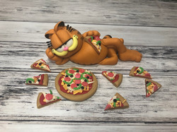 Garfield And His Pizza