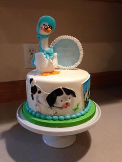 Babies first nursery rhyme cake