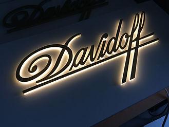 Davidoff%20Holzblende%20_edited.jpg