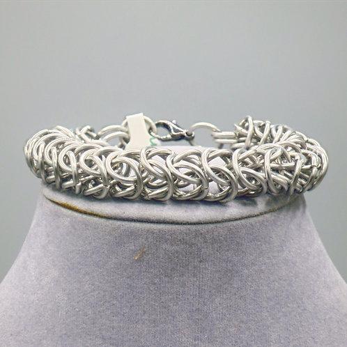 "8.8"" Box weave anodized aluminum chainmail bracelet"