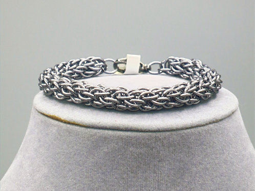 """7"""" Candy Cane weave anodized aluminum chainmail bracelet"""