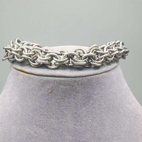 "9.5"" Inverted Round weave anodized aluminum chainmail bracelet"