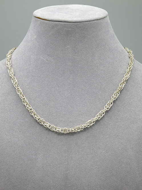 .925 sterling silver 15.25 Harvest Moon chainmail necklace
