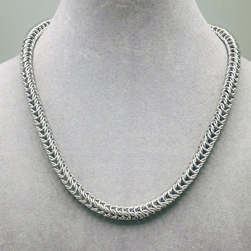 """19.9"""" Box weave aluminum chainmail necklace"""