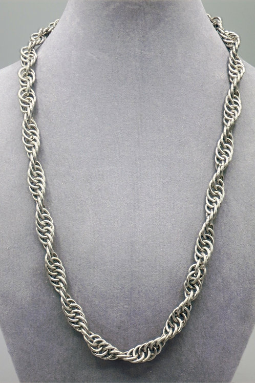 "22.4"" Spiral weave aluminum chainmail necklace"