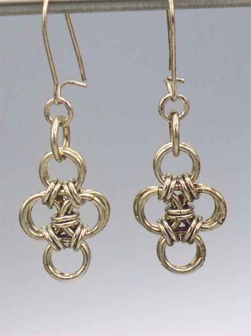 Sterling .925 silver Hana-Gusari chainmail earrings - diamond shaped