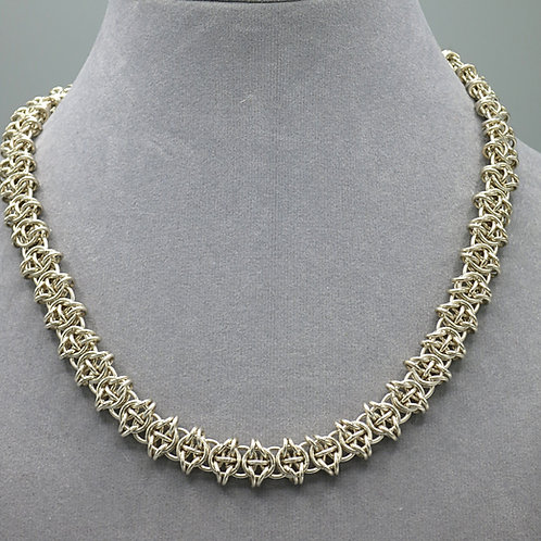 "Argentium silver 15.75"" chainmail necklace"