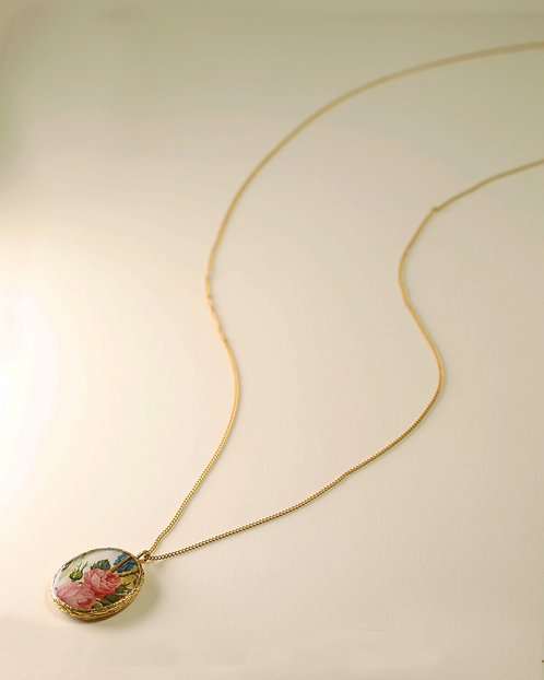 Long Floral Frame Necklace / Double