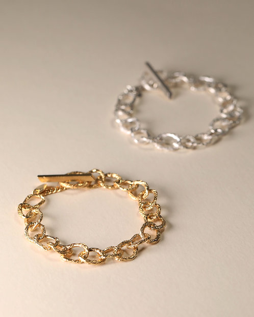 Small Hoop Chain Bracelet