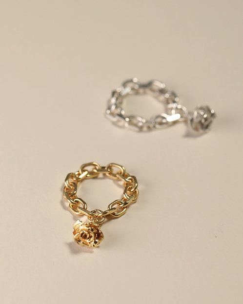 Chain Ring with Mini Rose