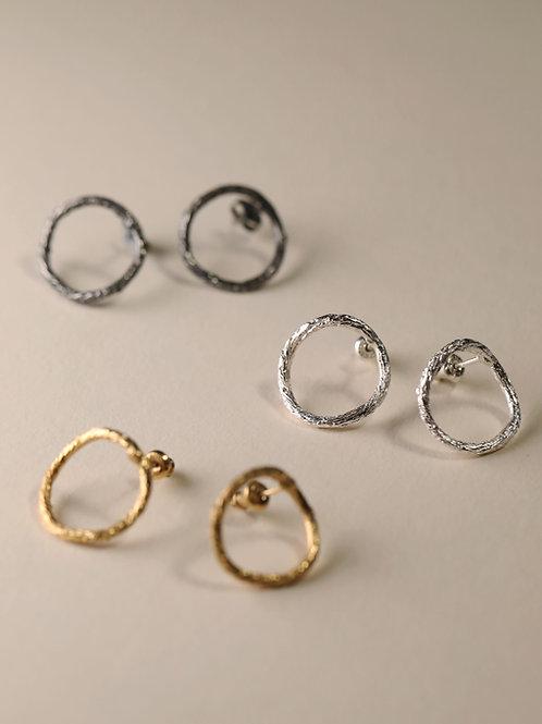 Curvy Circle Earrings