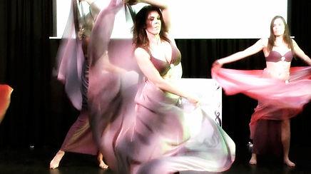 Buikdansleerlingen Agnes Oriental Dance