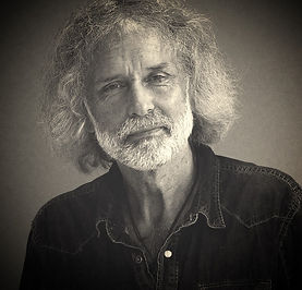 Dick van der Mark - Oprichter van De Bekende Weg