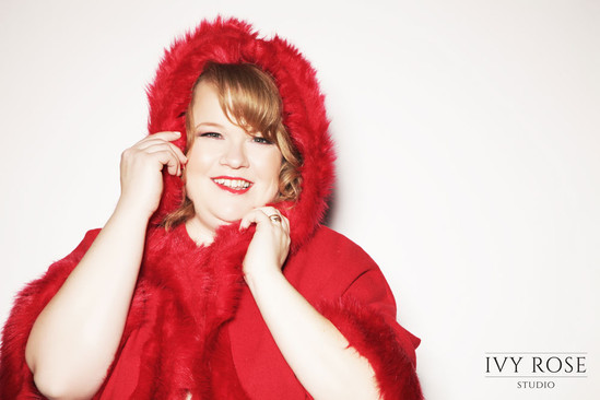 Ivy-Rose-Studio-Christmas-boudoir-photog