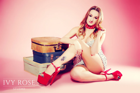 Pin-Up-photoshoot--Manchester--Ivy-Rose-