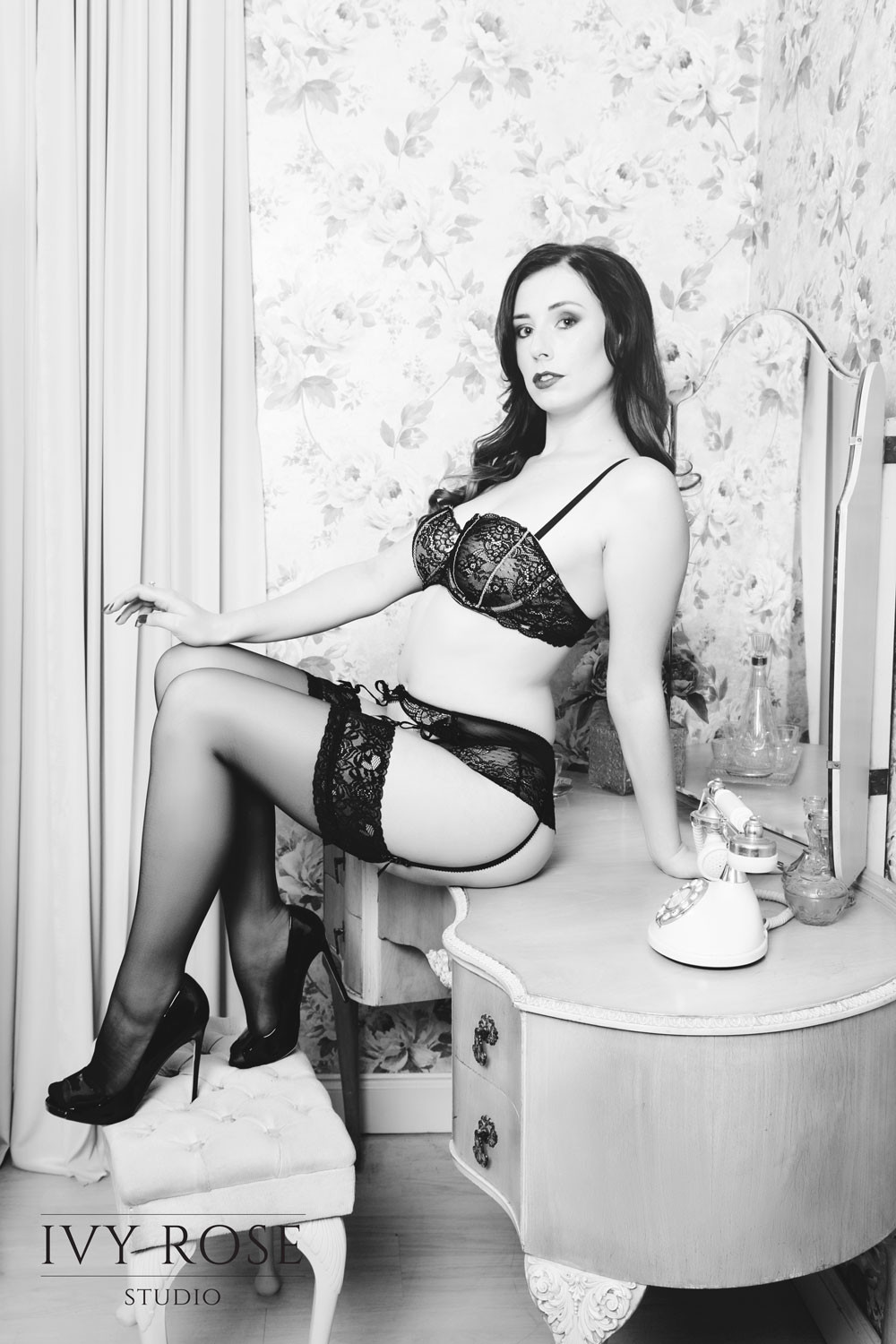 e7c2c72bff Manchester.jp  Pin-up-photography-studio.