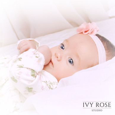 Baby-Photoshoot-Manchester-Studio--Ivy-Rose-Studio.jpg